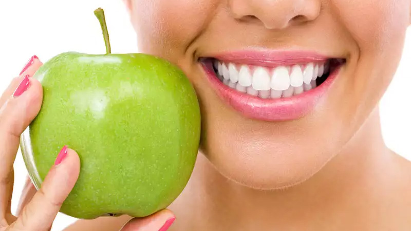 Does Soda Stain Your Teeth?